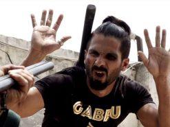 Udta-Punjab-movie-trailer-still-Shahid-Kapoor-beaten-black-eye-640x480