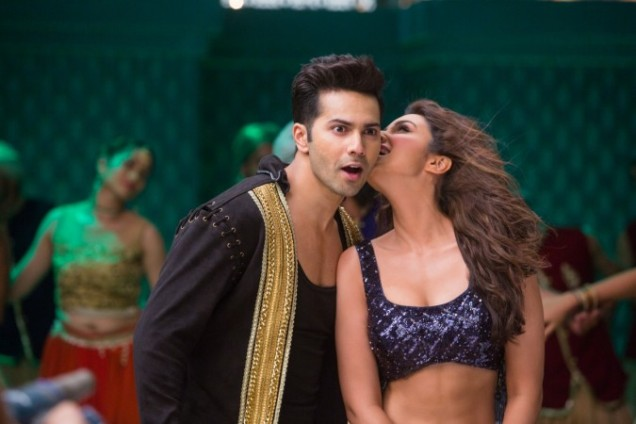 1469506394_varun-dhawan-parineeti-chopra-dishoom-song-jaaneman-aah