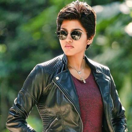 dhansika-photos-from-kabali-looks