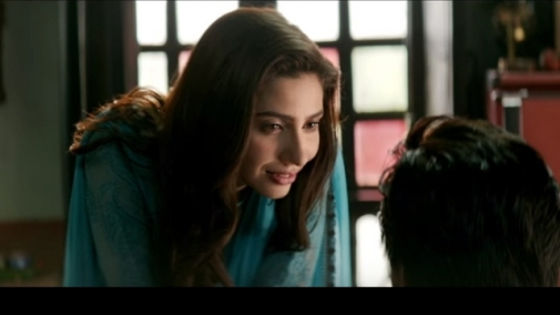 526499-mahira-khan-raees-1