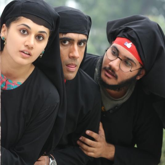 nimmi-bharose-cyberjeet-in-burkha-pic-3-1